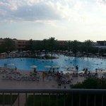 La piscina vista dalla mia stanza