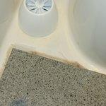 la propreté des toilettes et a l'instard du reste de l'établissement