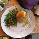 Seafood croustade, haricot vert, Sancerre wine