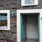 courtyard cottage 1