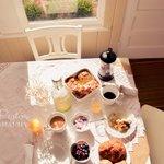 Guest Breakfast in the Tea Room