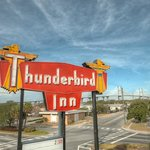 Foto de The Thunderbird Inn