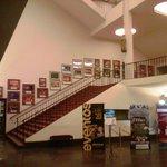 Hall y acceso a pisos superiores