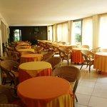 Photo de Hotel Villa Iris