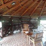 Nicer verandah/fale on waterside bungalow