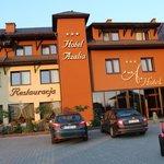 Foto de Hotel Azalia