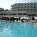 Photo de Maritim Hotel Saray Regency