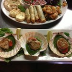 Scallops with pea & mint purèe and veg plater
