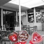 Sweeten the day of your soul mate in Funcho Gourmet.