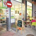 Photo de Samsara Deli Cafe