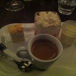 """la Mangeoire"""" de Millau,le cafe gourmand"""