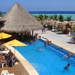 club de playa señor frogs beach club by costa maya