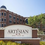‪The Artesian Hotel, Casino & Spa‬