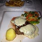 Roquefort steak
