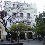 Teatro Provincial desde plaza 9 de Julio