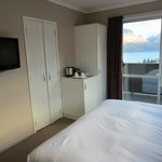 Stunning lake view and good in room amenity