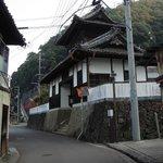 津島町岩松の臨江寺