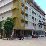 Hotel main building / reception / bar