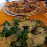 Pizza Estate en 1er plan ;-) Excellente !!!