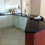 Large Kitchen Unit 66