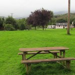 Well kept grounds, lots of picnic tables
