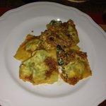Pasta ricotta e spinaci,al ragù