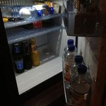 minibar ( cola € 3,00 )