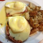 Eggs Benedict made with ham instead of Candian Bacon