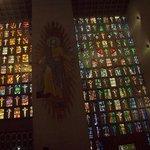 Cristo y vitrales
