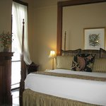 This king bed was comfortable and luxurious.
