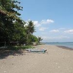 Bali_Lvina beach