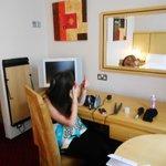 Desk, TV, mirror