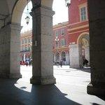 T1: Fermata Place Massena