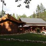 Moul Creek Lodge