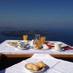 Завтрак на террасе