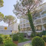 Facciata Hotel 4 stelle Saraceno Milano Marittima, offerte all inclusive costa romagnola, rivier