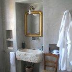 bathroom 2nd room