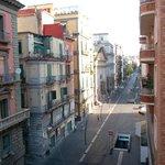 Un hotel urbano cerca de todo lo típico de Nápoles
