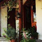 evin giriş kapısı