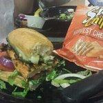 hueys burger yum!!