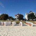 Das Hotel vom Strand aus