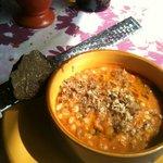 Zuppetta di farro e cereali con tartufo nero
