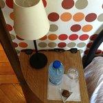 Bouteille d'eau et chocolat dès notre arrivée.