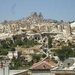 Vista de Üchisar desde la terraza del hotel