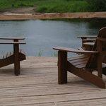 Profitez de la terrasse, chaises confortables