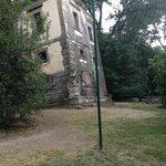 la casa storta nel giardino sacro di Bomarzo