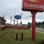 Both motel names displayed