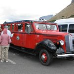 Red Bus-West Alpine Tour at Logan Pass Visitors Center
