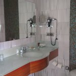 Double Room with Terrace ( Room 134 - Bathroom)