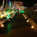 entrada terraza de noche